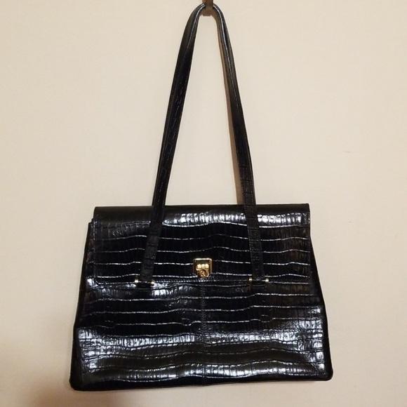 2d5139fe17b Etienne Aigner Handbags - Etienne Aigner handbag